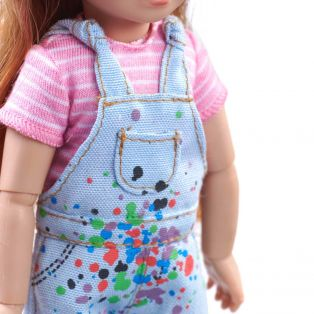 Kruselings Chloe Gifted Painter Action Doll 23cm alternate image
