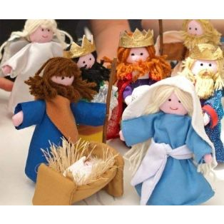 Oskar & Ellen Fabric Nativity Playset 10 Pieces alternate image