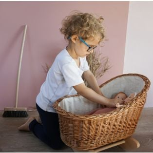 Egmont Toys Wicker Cradle With Knitted Blanket alternate image