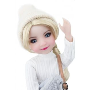 Ruby Red Galleria Fashion Friends European Eira Doll Limited Edition 150 Pieces  36cm alternate image