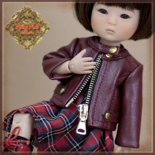 Ruby Red Galleria Ten Ping Grunge Chic Outfit, 20cm