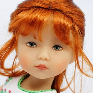 BONEKA Thursday's Child GREEN EYES Leyla 25cm Doll